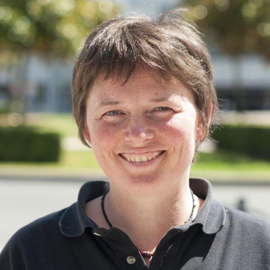 Agnès RAHARD – Dévelopeur web – Formatrice back-end – CEFii
